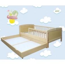 Priedes koka bērnu gultiņa ar barjeru un atvilktni 140x70